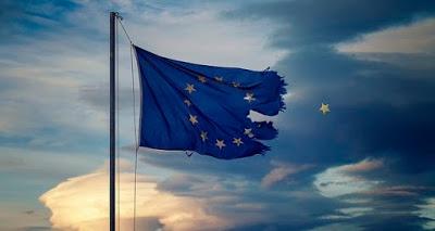 Låt EU falla och bygg något nytt