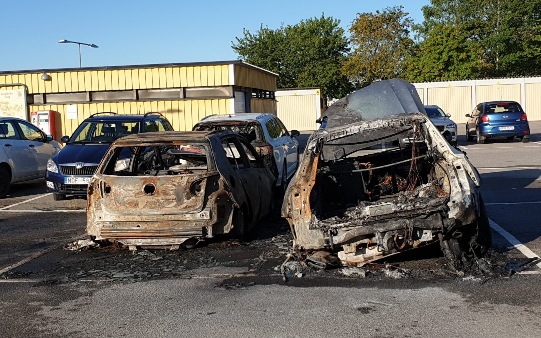 Lukten av brinnande bilar