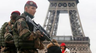 Går Frankrike i krig nu?